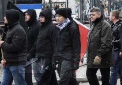 Demonstration in Fürth: mit Schlagstöcken