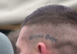 "Fischer mit Tatoo ""Aryan Hope"""