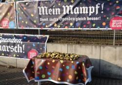 Wer schon mindestens 5.000 Euro eingelaufen hat, darf sich auch richtig verpflegen mit deutschen Bananen
