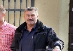 Franz Salzberger, neuer bayerische Landesvorsitzende der NPD, auf dem Weg zum  Polit. Aschermittwoch 2014