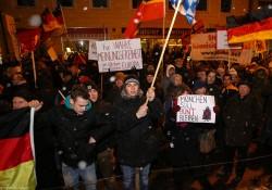 pegida_bagida_demonstration_münchen_26.01.2015 (18 von 30) .