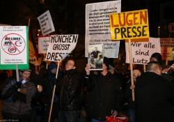 pegida_bagida_demonstration_münchen_26.01.2015 (3 von 30) .