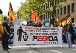Pegida München: Neuer Name, neues Banner