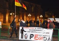 Pegida Nürnberg nun auch als verfassungsfeindlich eingestuft. Bild 01.10.2015 (Archiv)