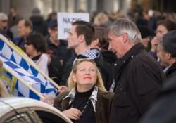 Renate Werlberger (NPD) auf Versammlung der Partei Die Rechte