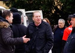Mitte Axel Michaelis, rechts dahinter Funktionär Frank Rohleder