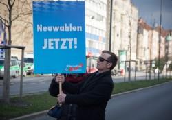 Teilnehmer behindert gezielt Pressearbeit auch deutlich abseits der Kundgebung