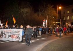 Pegida München machten nicht nur einen Bogen ums Siegestor, sondern auch um Fakten