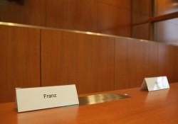 Bank der Antragsgegner um den Parteivorsitzenden Frank Franz