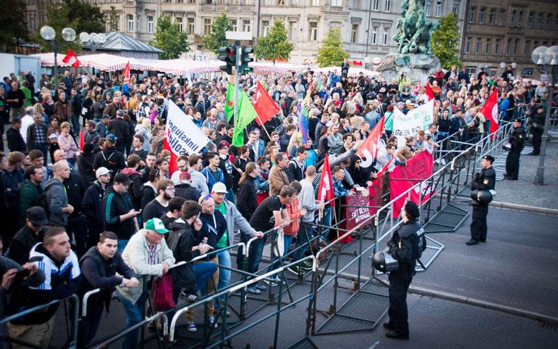 Wieder sehr viele in Mittelfranken gegen Pegida auf der Straße
