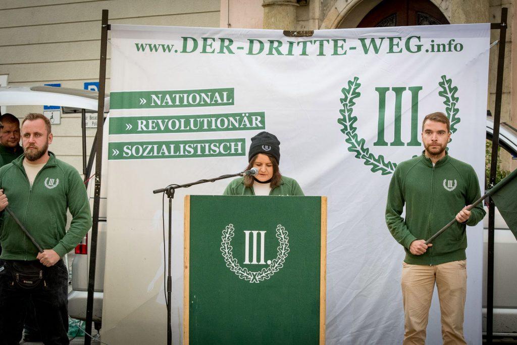 2017-09-15 IIIWeg Straubing-Die Versammlungsleiterin   Endstation ...